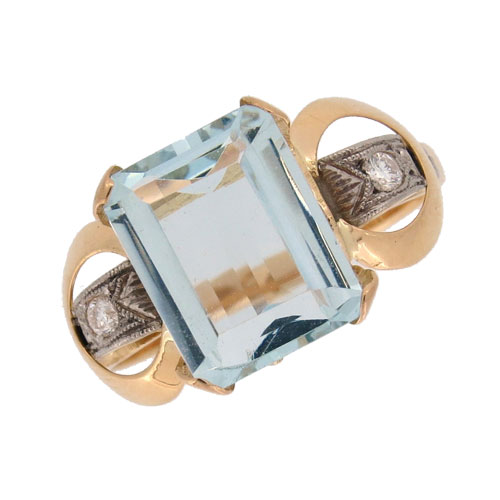 Retro Aquamarine and Diamond Cocktail Ring