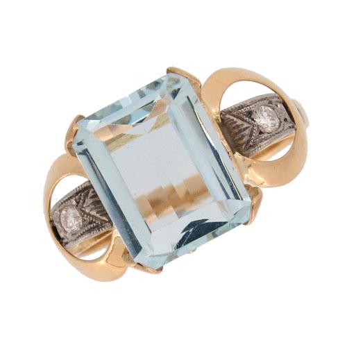Retro Aquamarine and Diamond Cocktail Ring