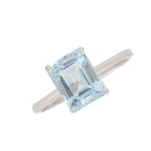 Pre Owned Platinum Aquamarine Solitaire Ring