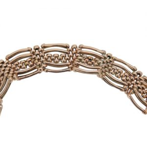 Edwardian Classic Gold Gate link Bracelet With Padlock