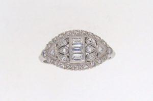 1930's Platinum diamond cluster ring